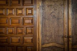 Habitación Doble Burdeos > detalle puertas