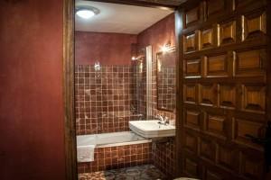 Habitación Doble Burdeos > Baño